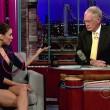 Eva Longoria tuvo un pequeño percance en el show de David Letterman