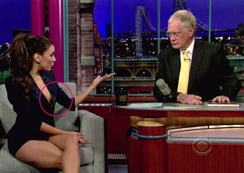 Eva Longoria - Eva Longoria tuvo un pequeño percance en el show de David Letterman